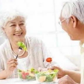 毁掉你健康的正是这些好习惯:早上洗澡、多吃水果…