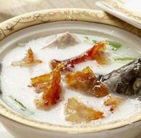 鲫鱼汤燕窝—孕妇的营养食补